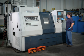 Latest generation Spinner TC65 lathe